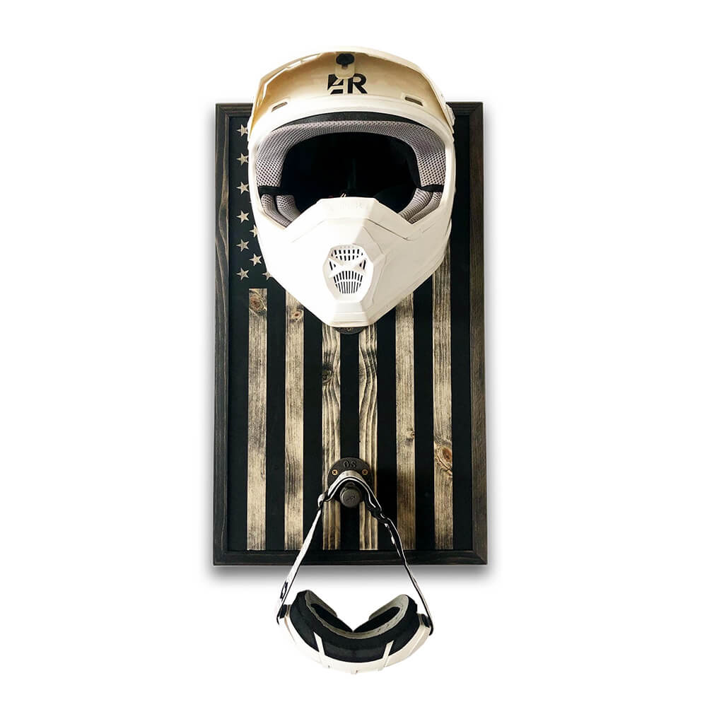 the-rustic-junkee_black-and-tan-flag-helmet-rack_main