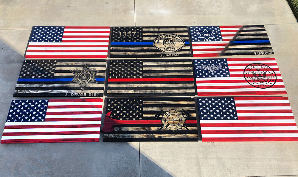 the-rustic-junkee_several-custom-wooden-flags-on-display-1000px